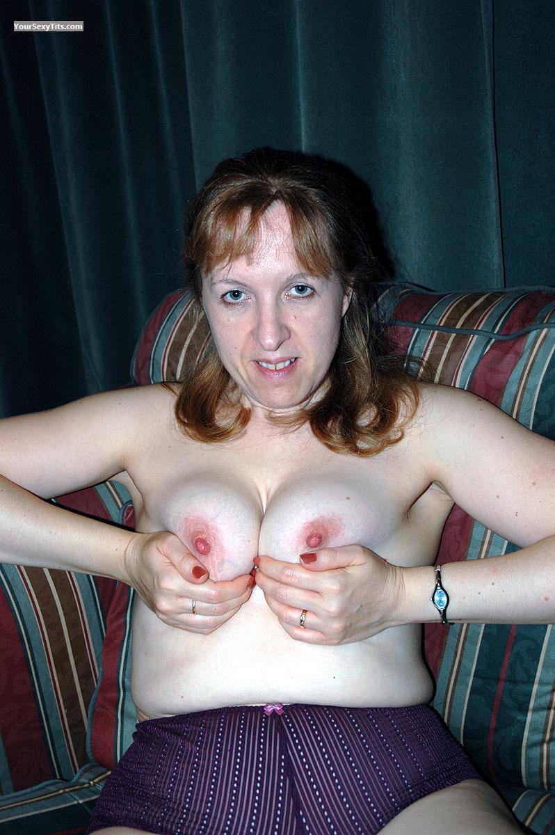 Tit Flash: Medium Tits - Topless UK MILF from United Kingdom