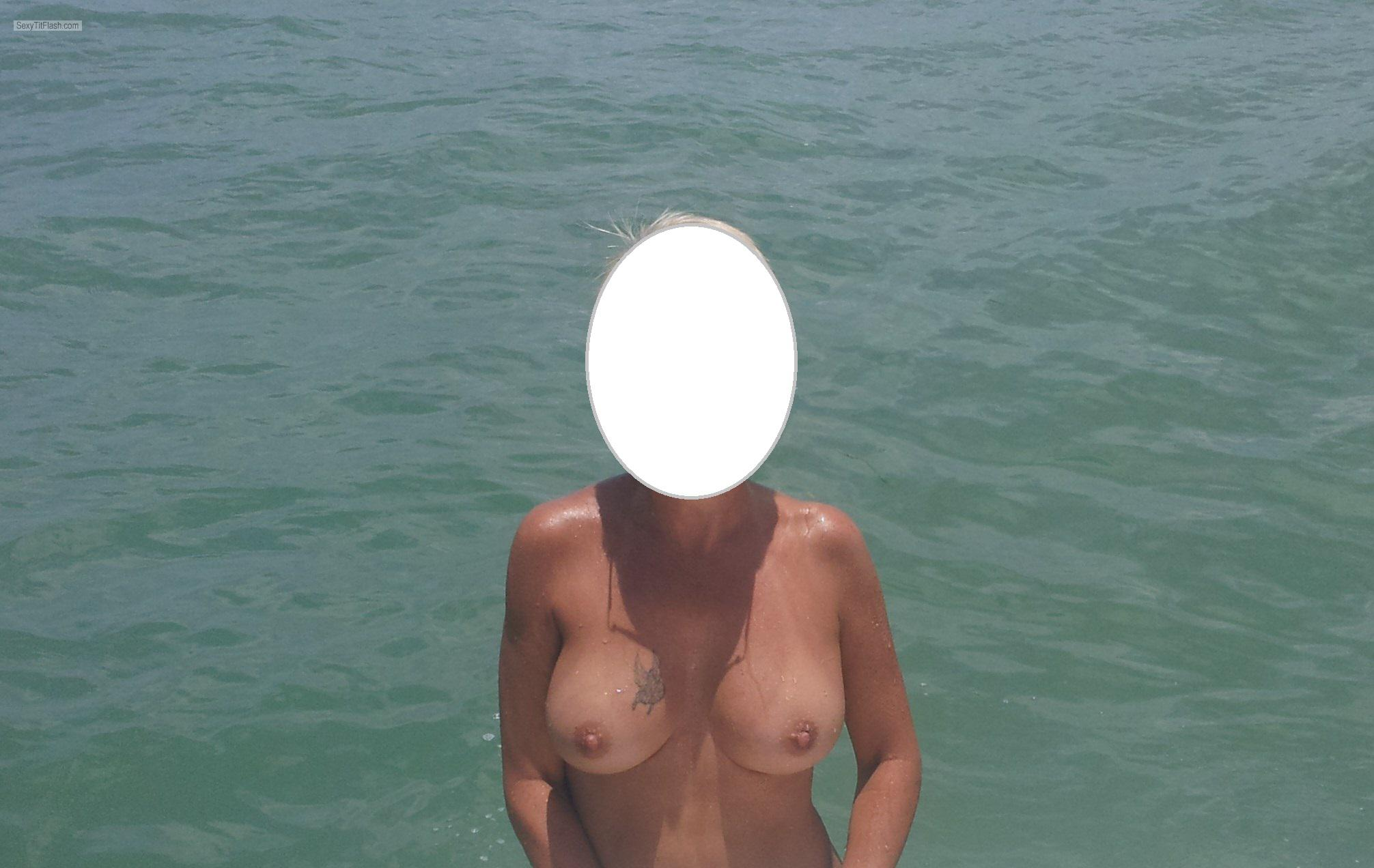 Tit Flash: Wife's Medium Tits - 24florida from United States
