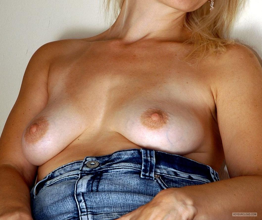 Small Tits Of My Wife Sandy