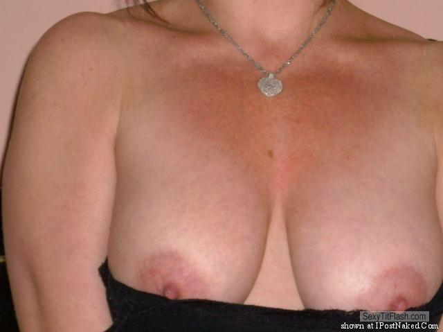 Tit Flash: Wife's Medium Tits - Lia from United States