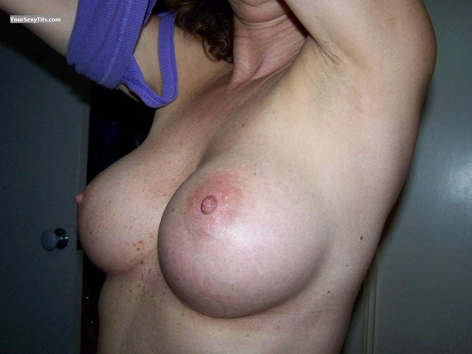 Medium Tits Chrissy