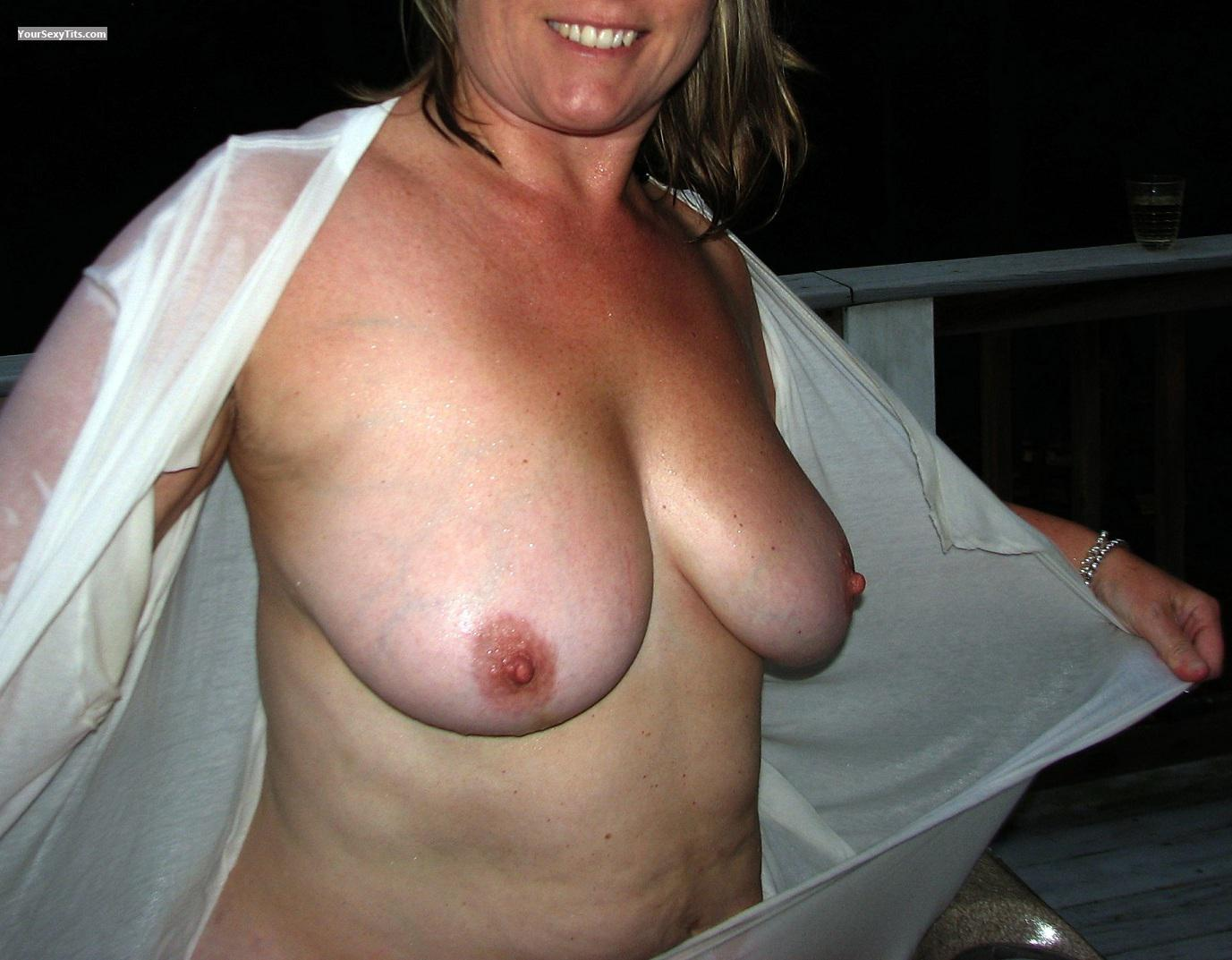 Medium Tits Kerstin