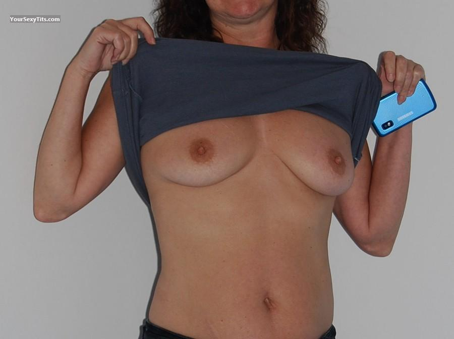 Tit Flash: Medium Tits - Linda Lou from Canada