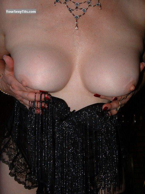 Tit Flash: My Medium Tits - Jewels from United States