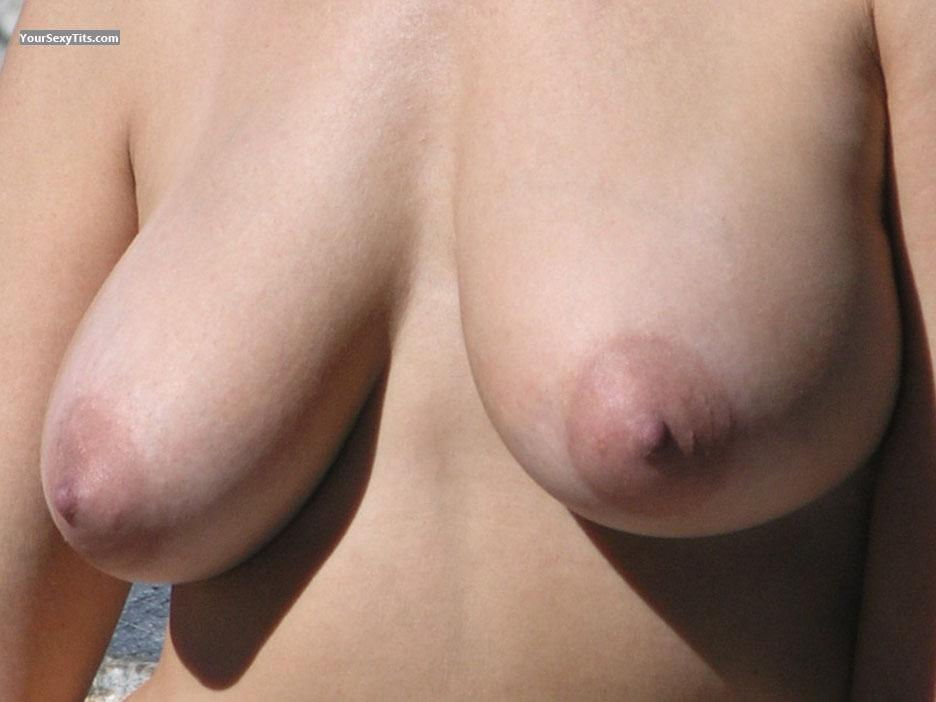 Medium Tits Cc