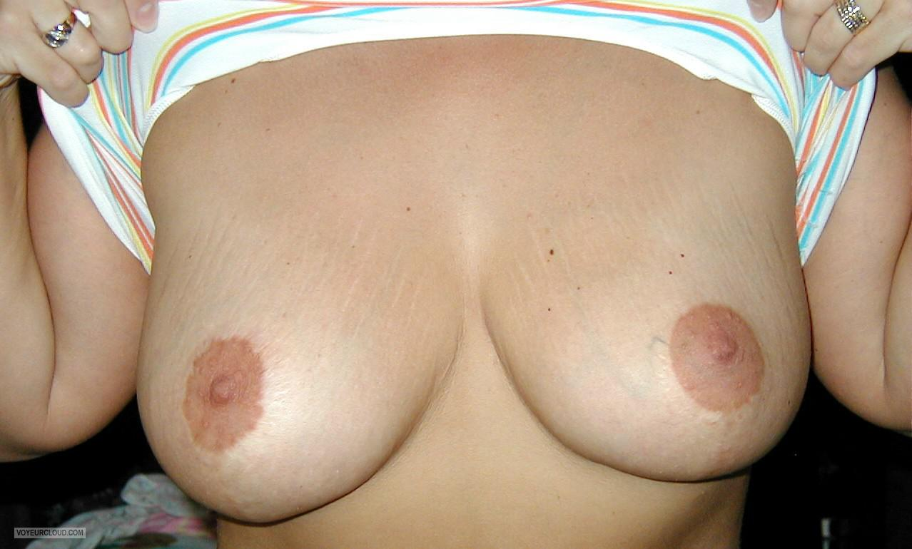 Medium Tits Of My Wife Kitty Kat