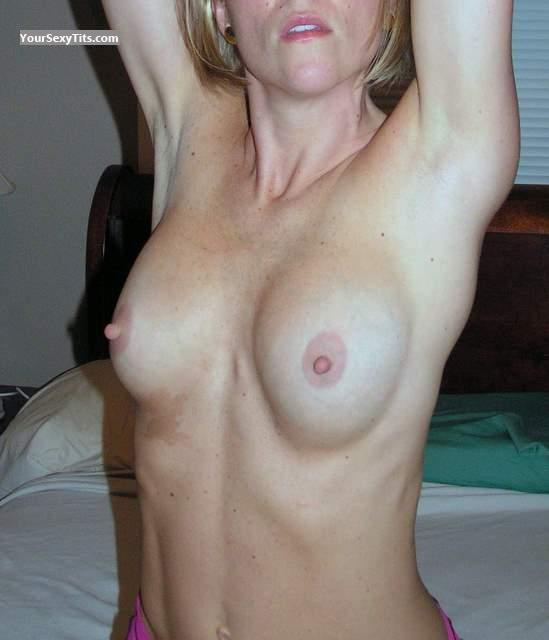 Tit Flash: Medium Tits - Emmabiwife from United States