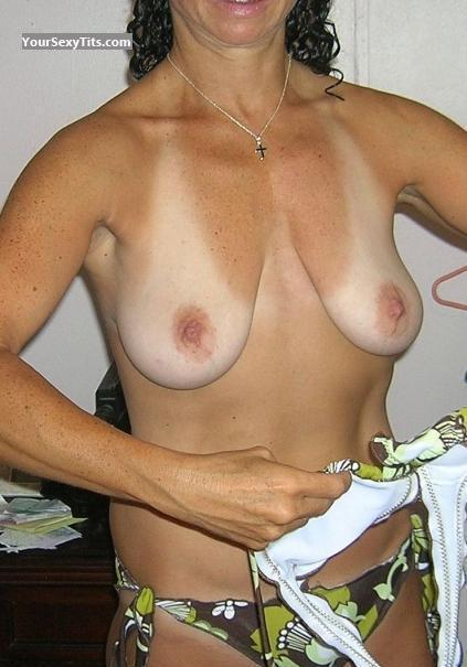 Tit Flash: Medium Tits - Helena from Greece