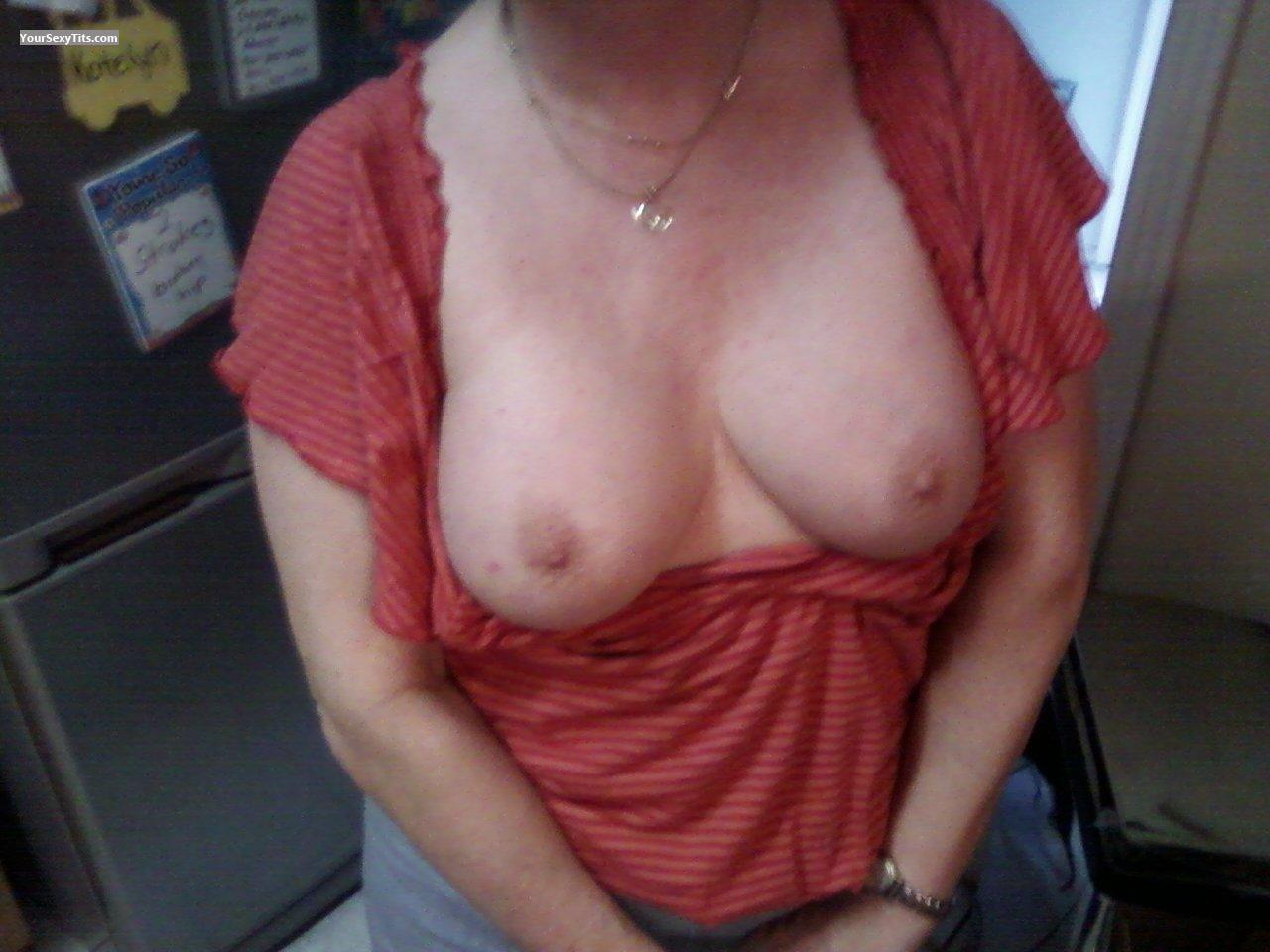 Tit Flash: Medium Tits - Liz from United States