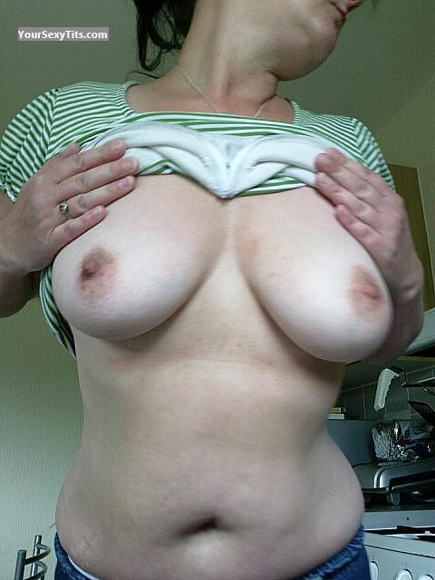 Medium Tits Mf69