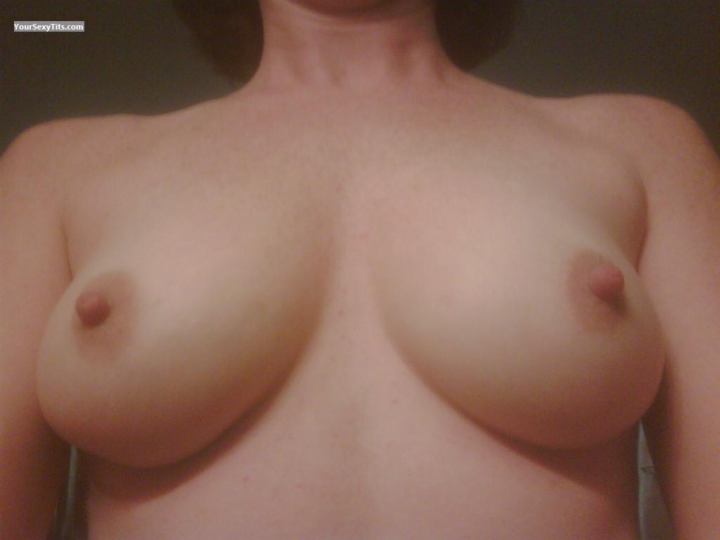 Tit Flash: My Medium Tits (Selfie) - Sunbeam from United States