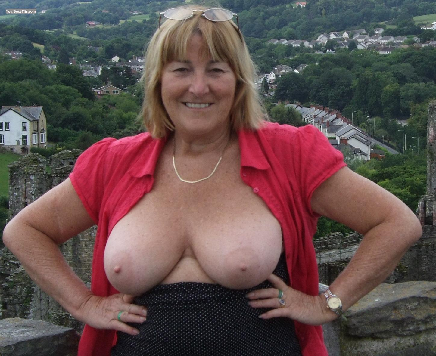 Tit Flash: Big Tits - Topless M from United Kingdom