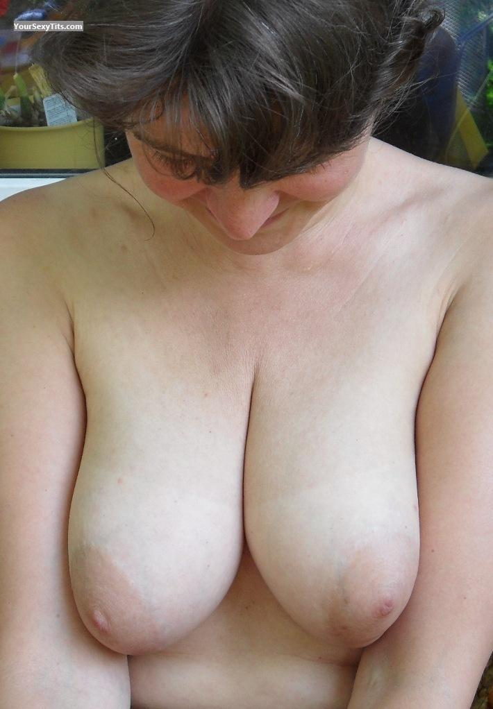 Tit Flash: Medium Tits - SwSeSu from Germany