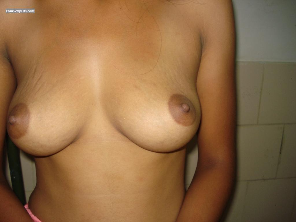 Medium Tits Neelu