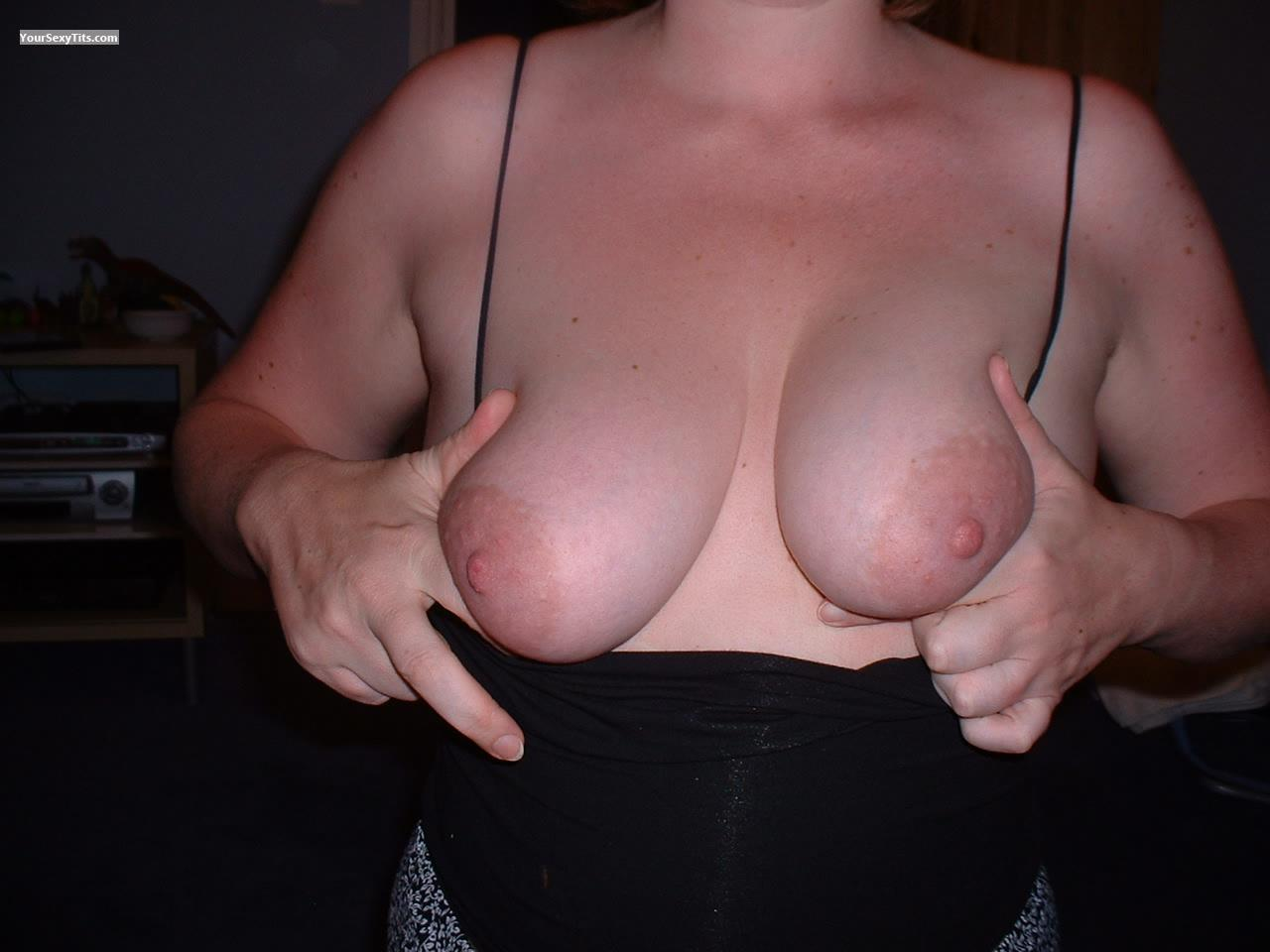 Tit Flash: Medium Tits - Kaz from United Kingdom