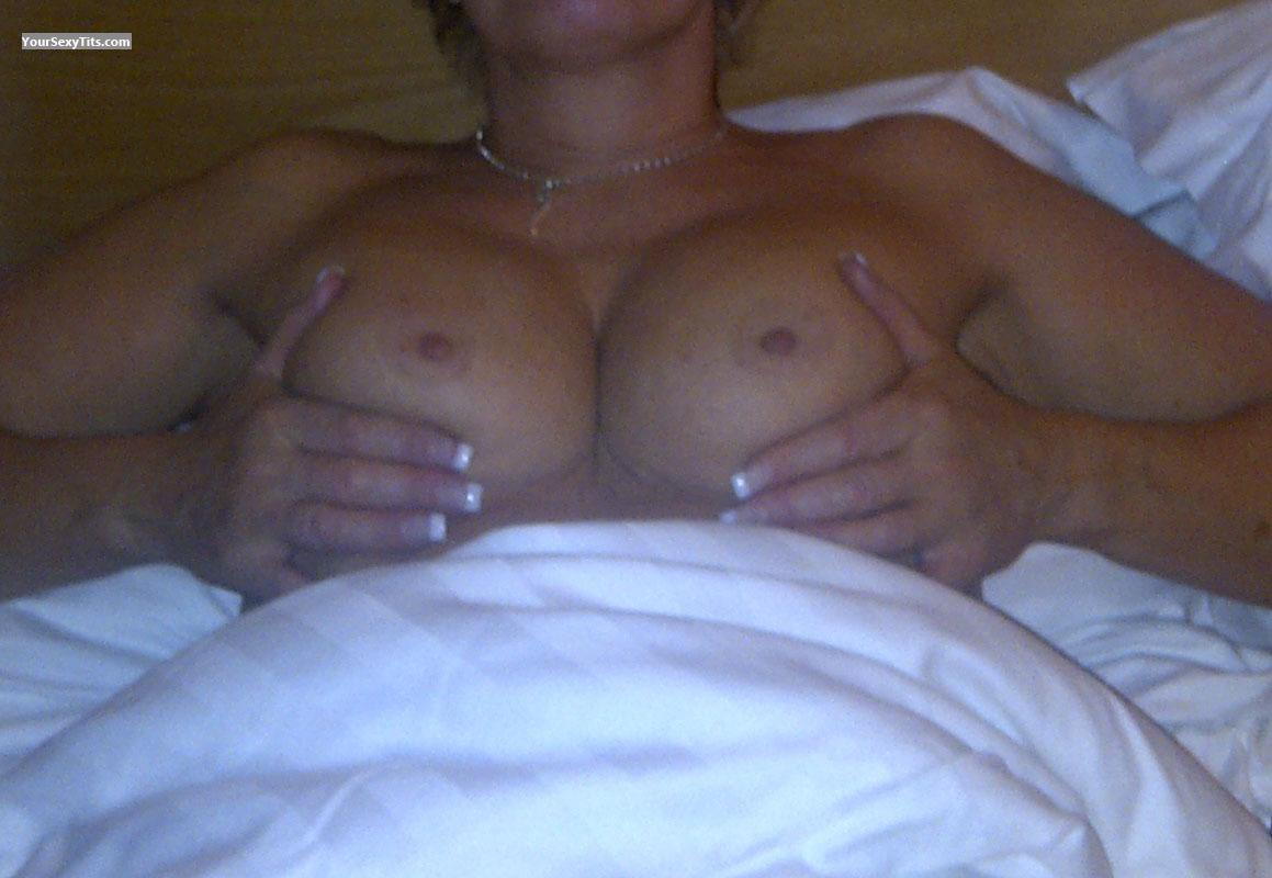 Medium Tits Belinda