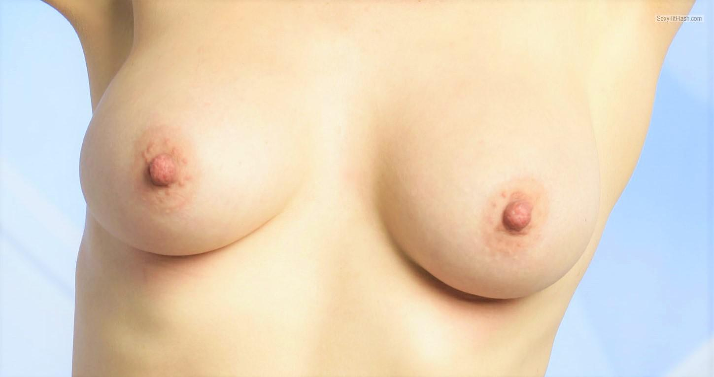 Tit Flash: My Medium Tits - Topless Fliss from United Kingdom