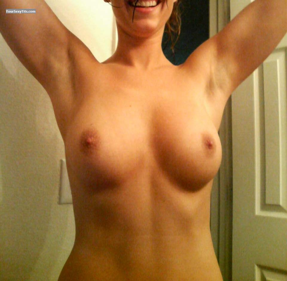 Tit Flash: Medium Tits - Sunshine from United States