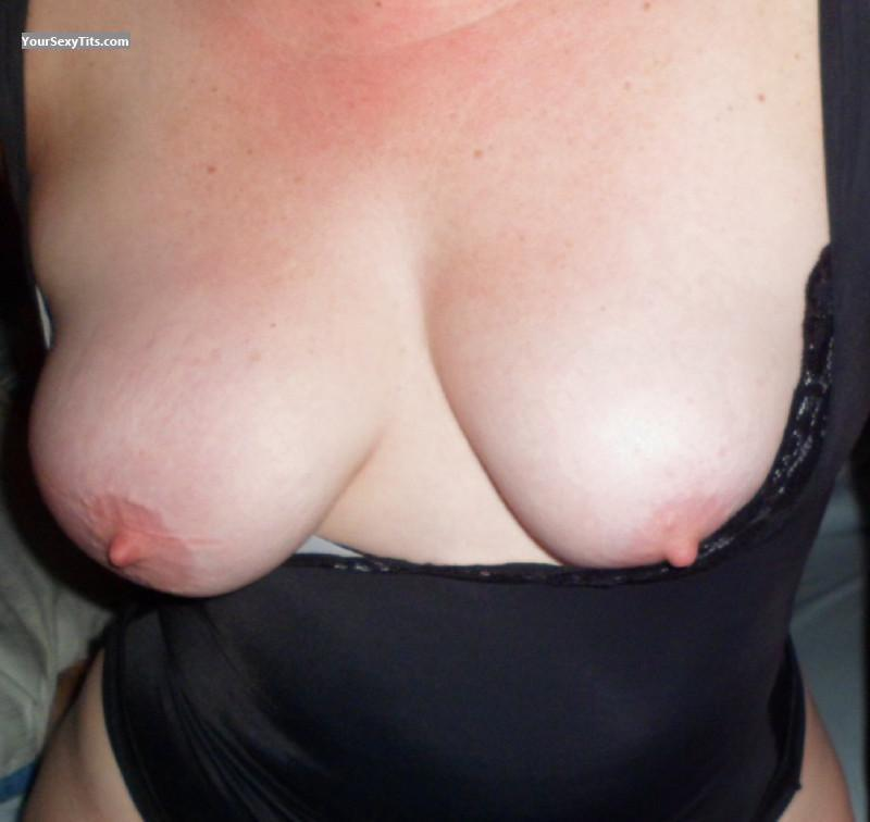 Tit Flash: My Medium Tits - Naughty Wife from United States