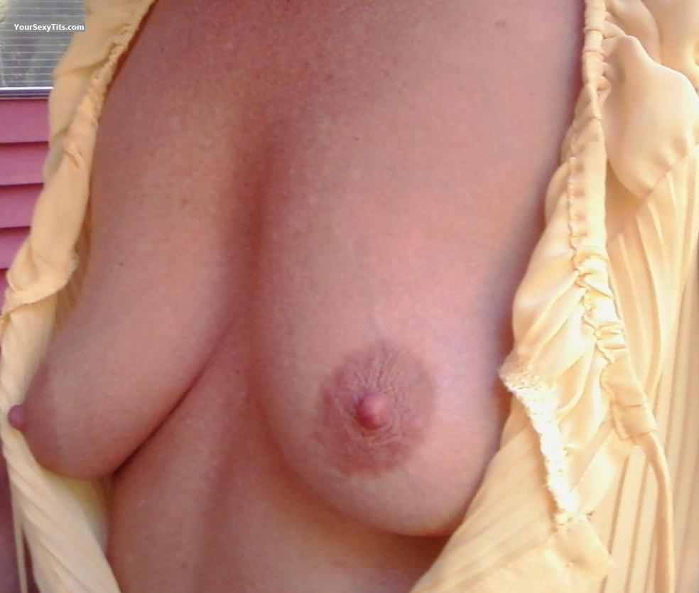 Medium Tits Of My Girlfriend Sally