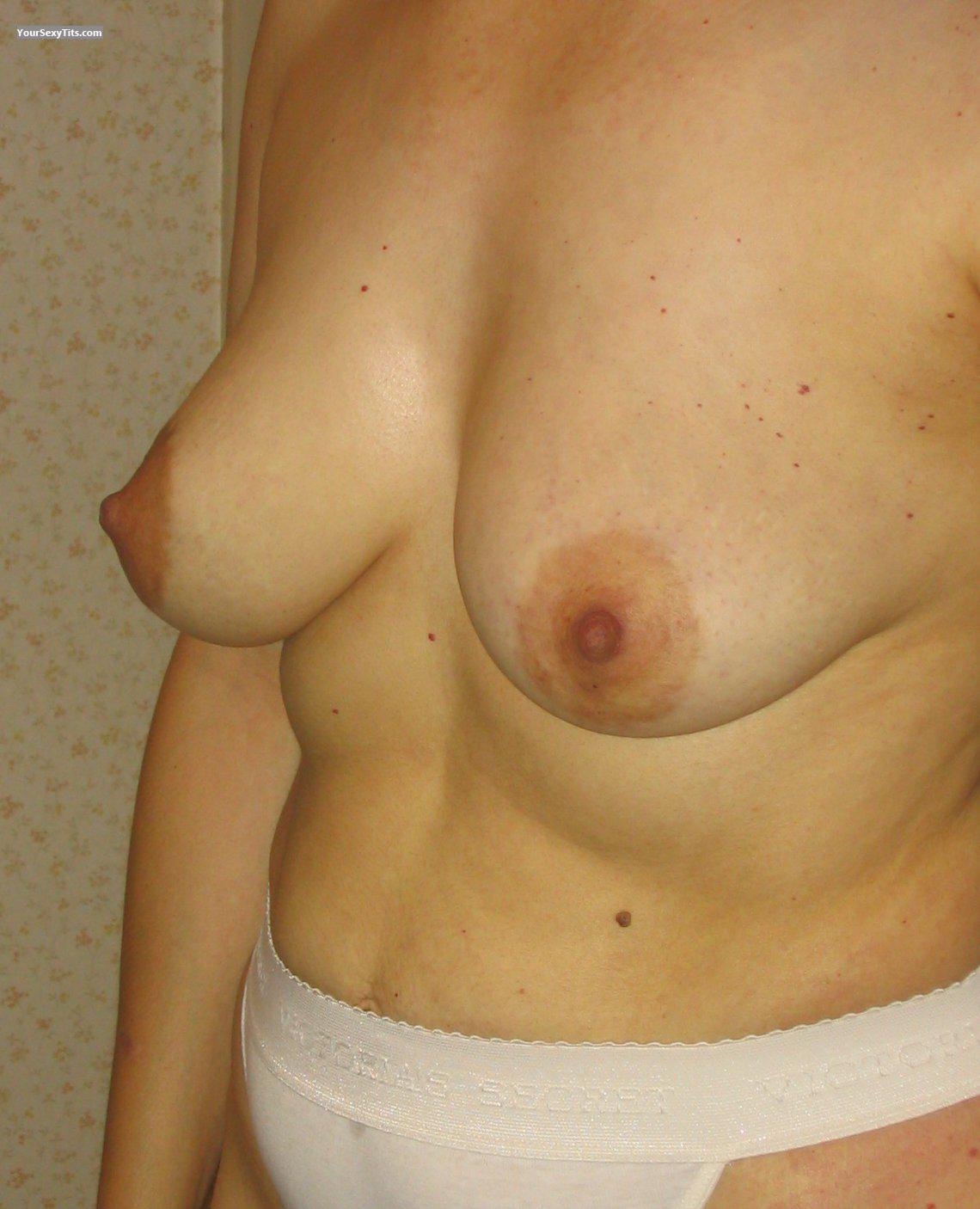 Medium Tits Johndlokcuc