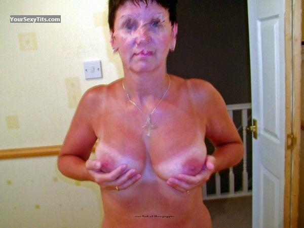 Tit Flash: Medium Tits - Jo from United Kingdom