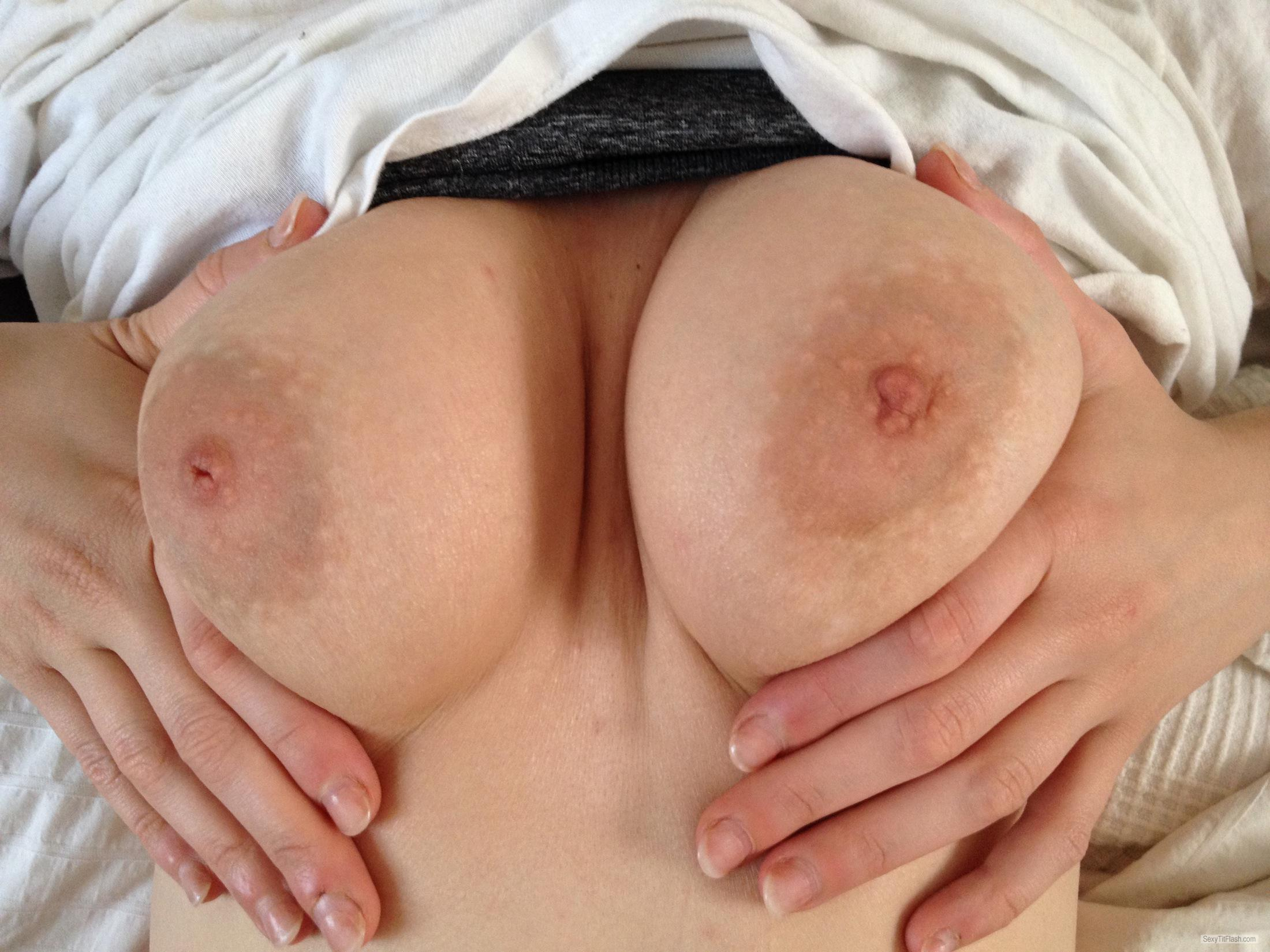 Tit Flash: My Medium Tits - SSV from United States