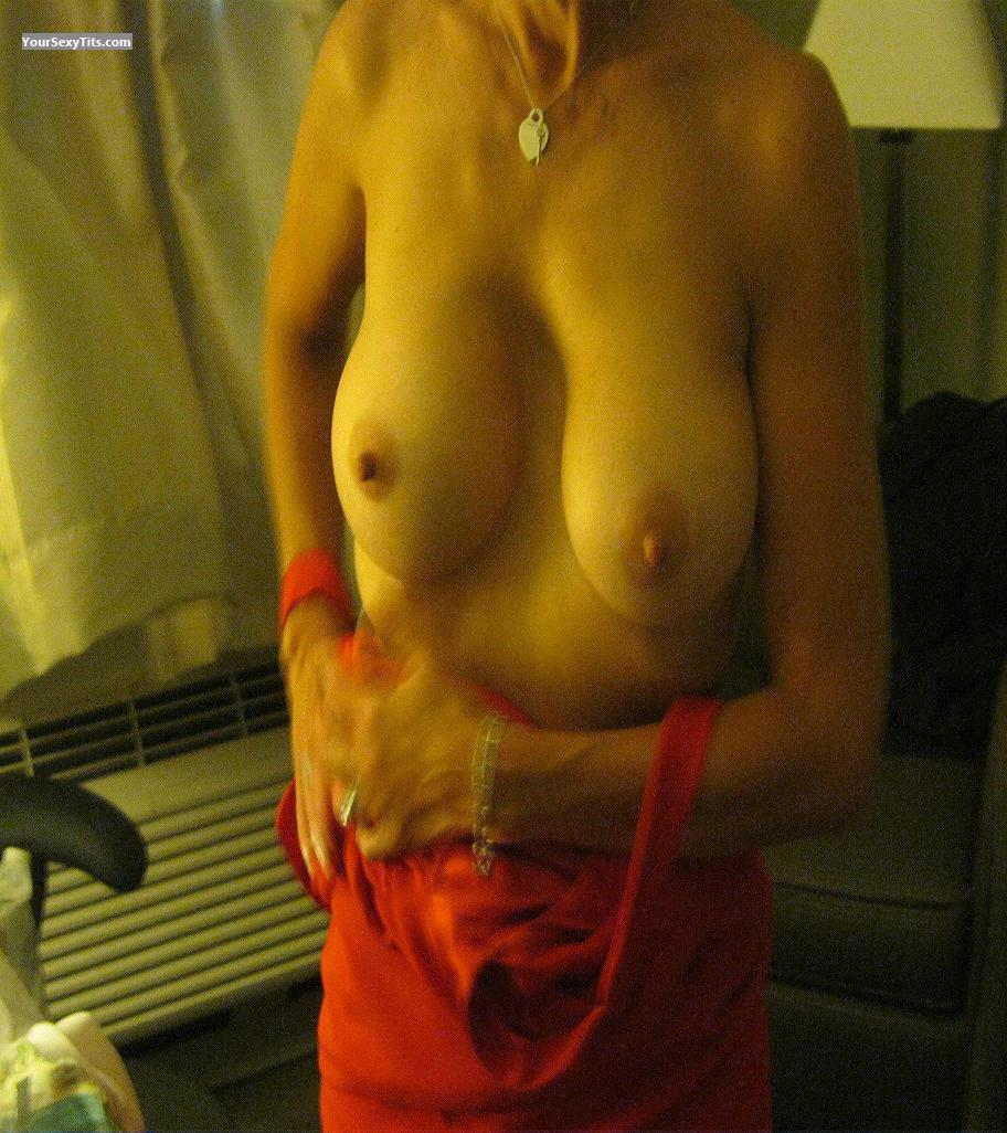 Medium Tits Dforfun63