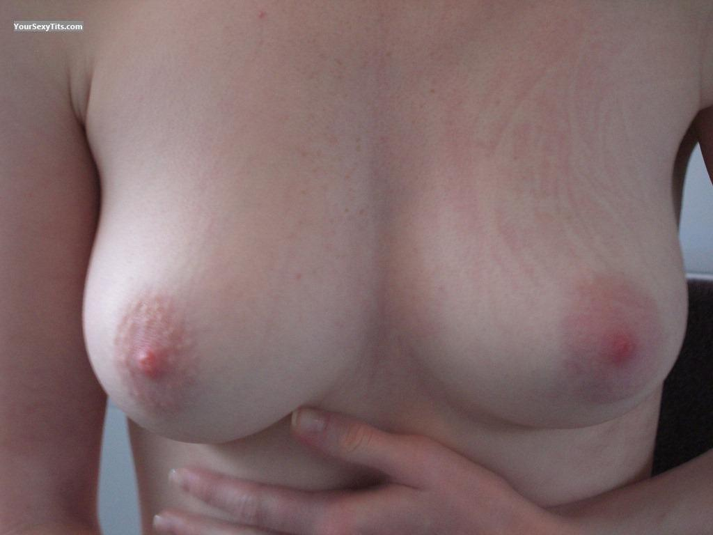 Medium Tits Pinkones