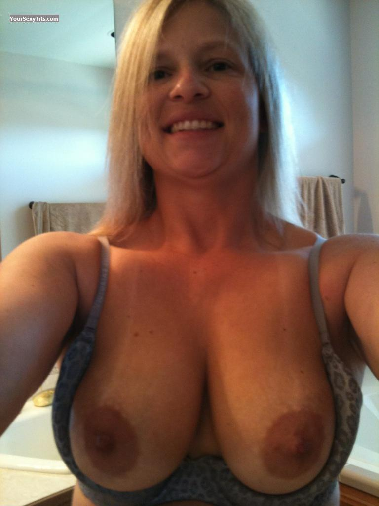 Tit Flash: My Medium Tits (Selfie) - Topless American Girl from United States