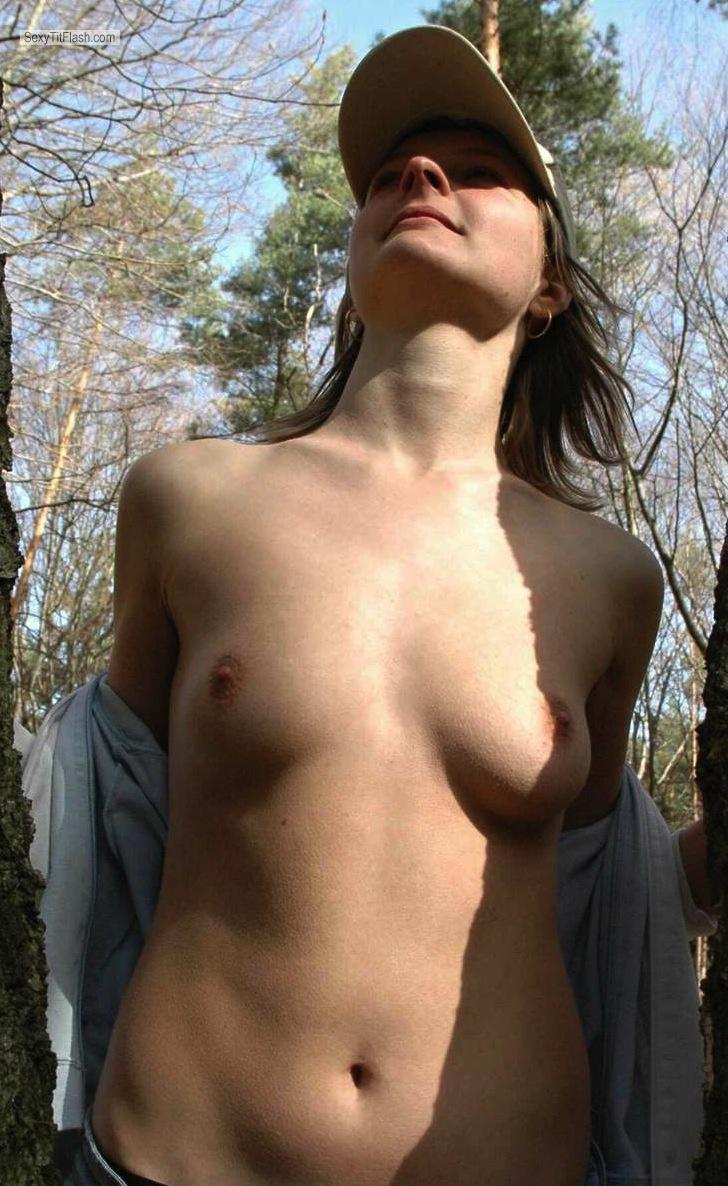 Tit Flash: Small Tits By IPhone - Olga from United States