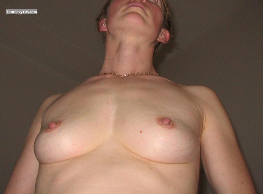 Tit Flash: Small Tits - Ctahy from France