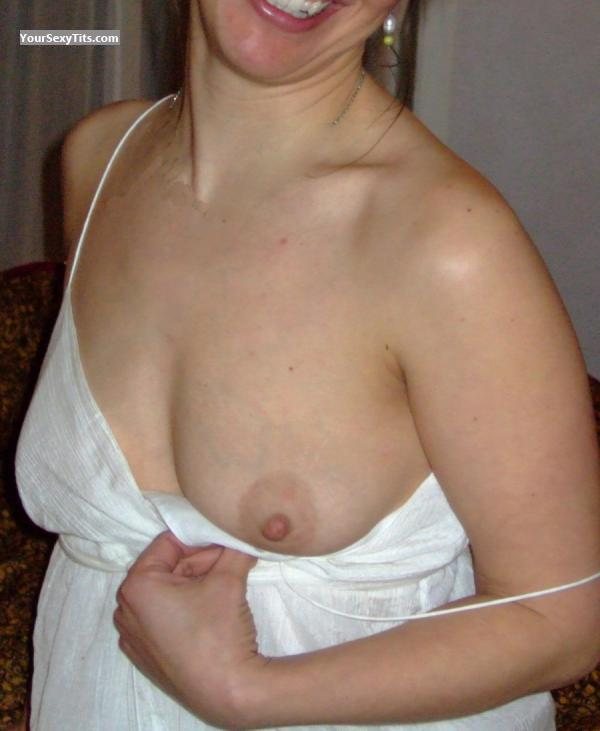 Tit Flash: Small Tits - Sweet Nips from United States