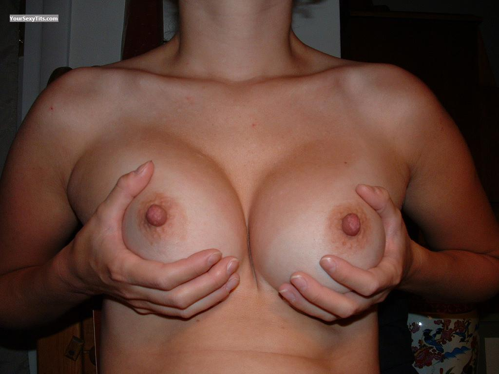 Small Tits Molly_BigNips