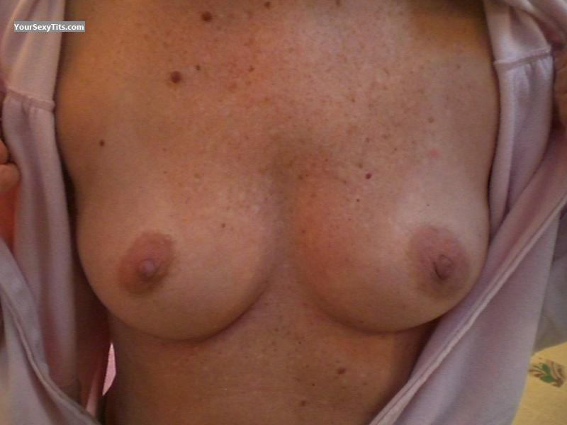 Tit Flash: My Coworker's Small Tits - FIRST TIMER from United States