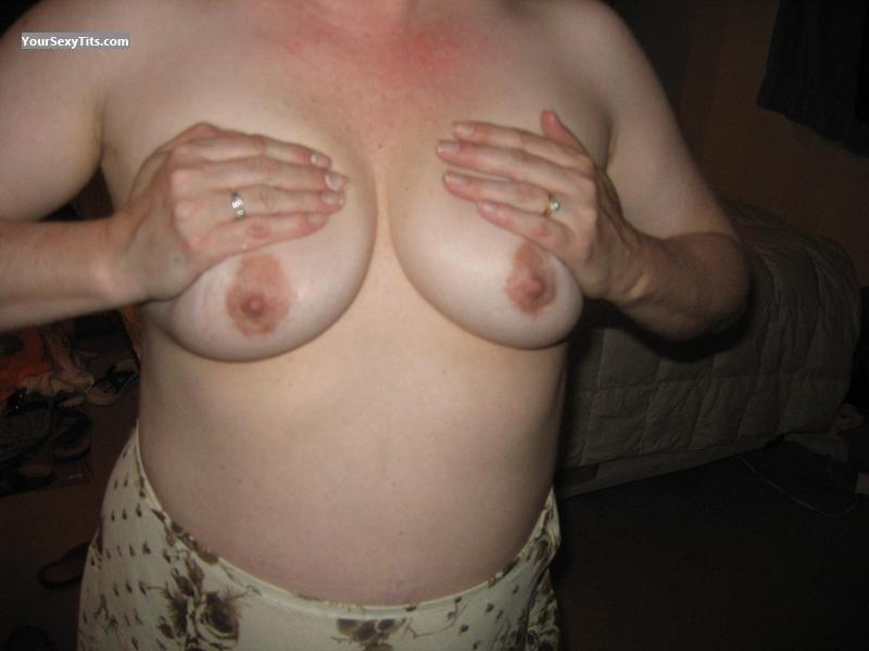 Tit Flash: Small Tits - Mommy from United States