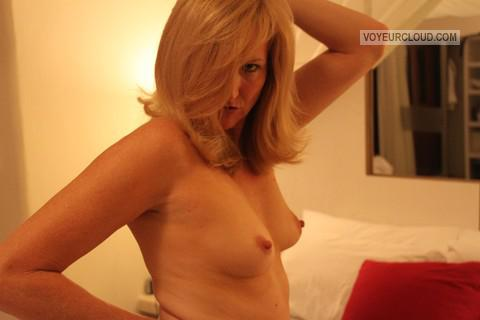Tit Flash: My Small Tits - Sexi Heidi from United States
