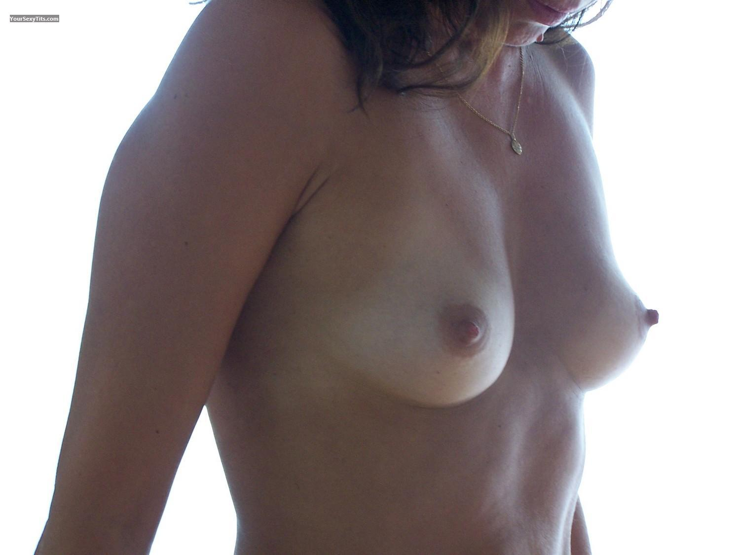 Tit Flash: Small Tits - BB Europe from France