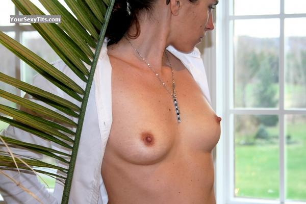 Tit Flash: Small Tits - Topless Eve from United States