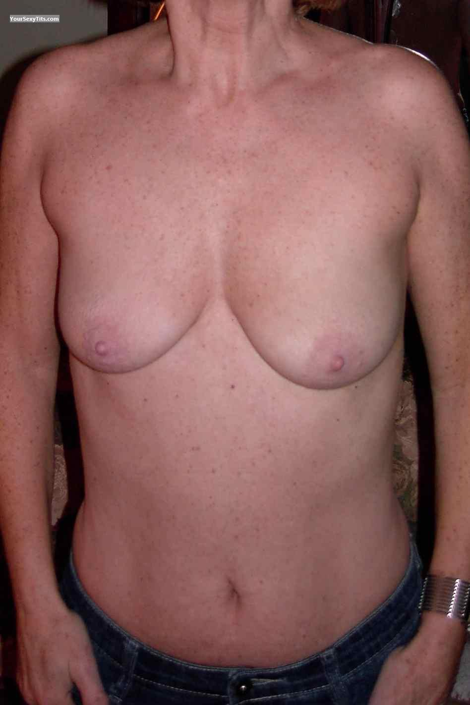Tit Flash: Small Tits - Pale Nipples from Canada
