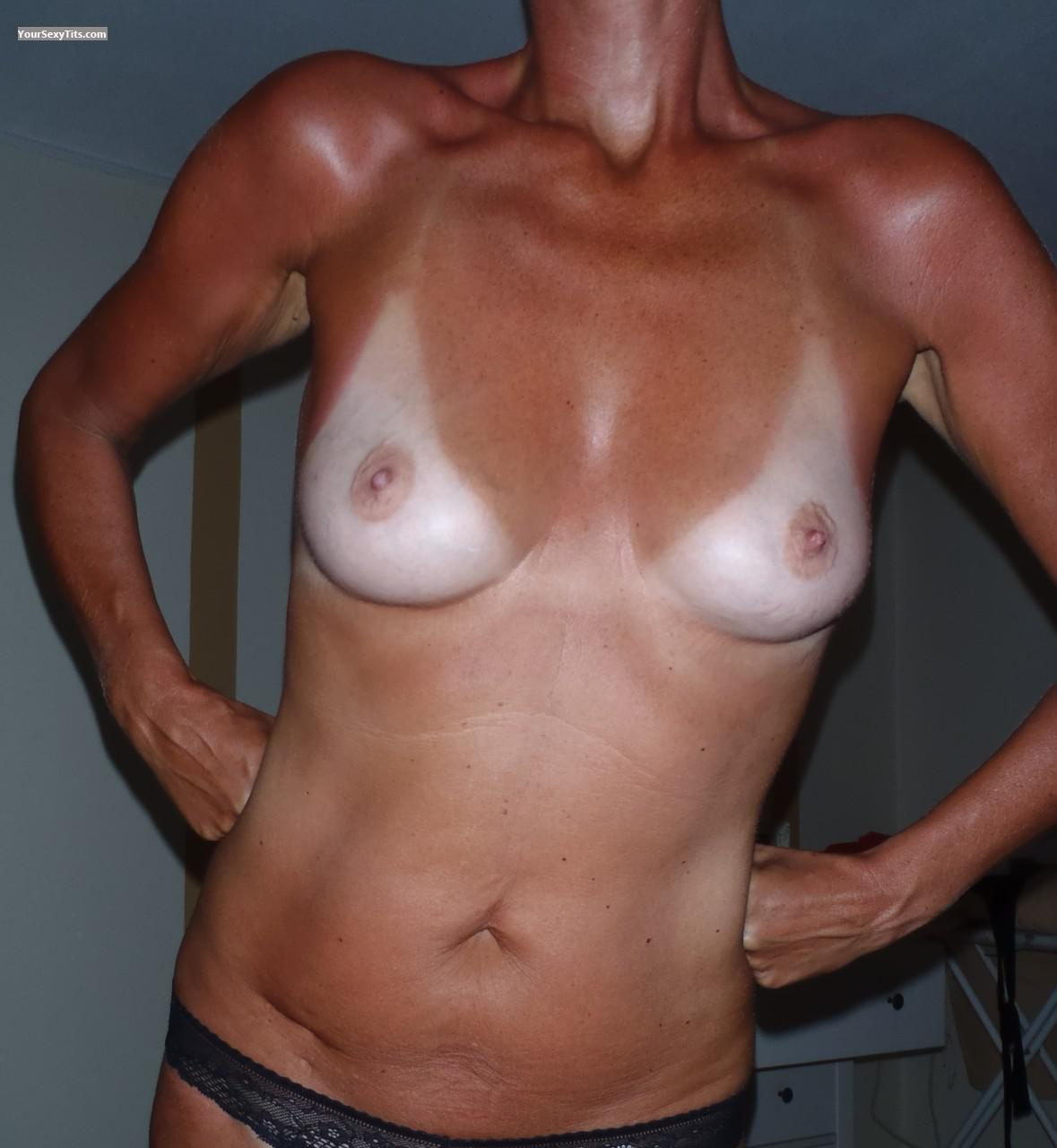 Small Tits Of My Wife Onehappy2010