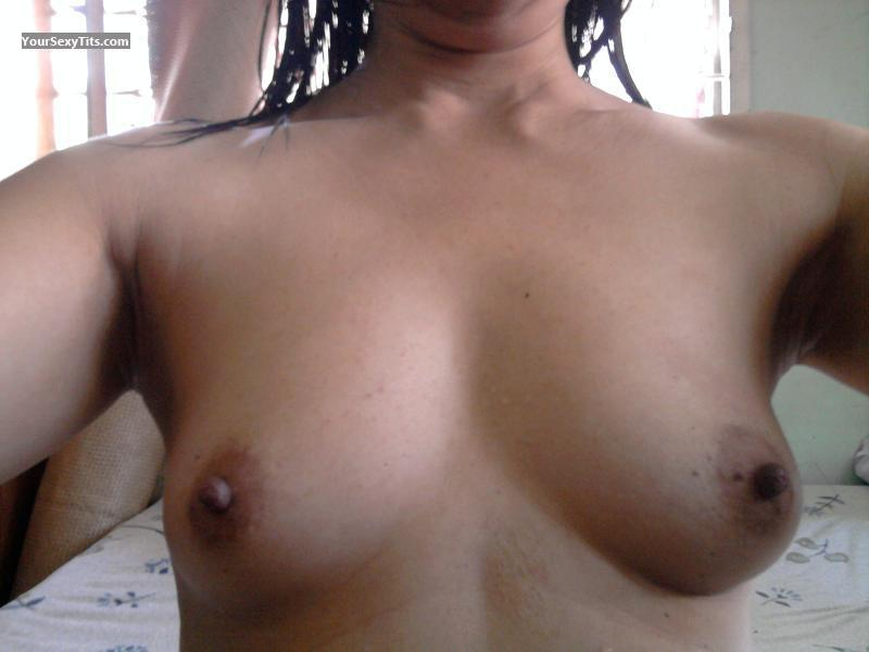 Tit Flash: Small Tits - M from United States