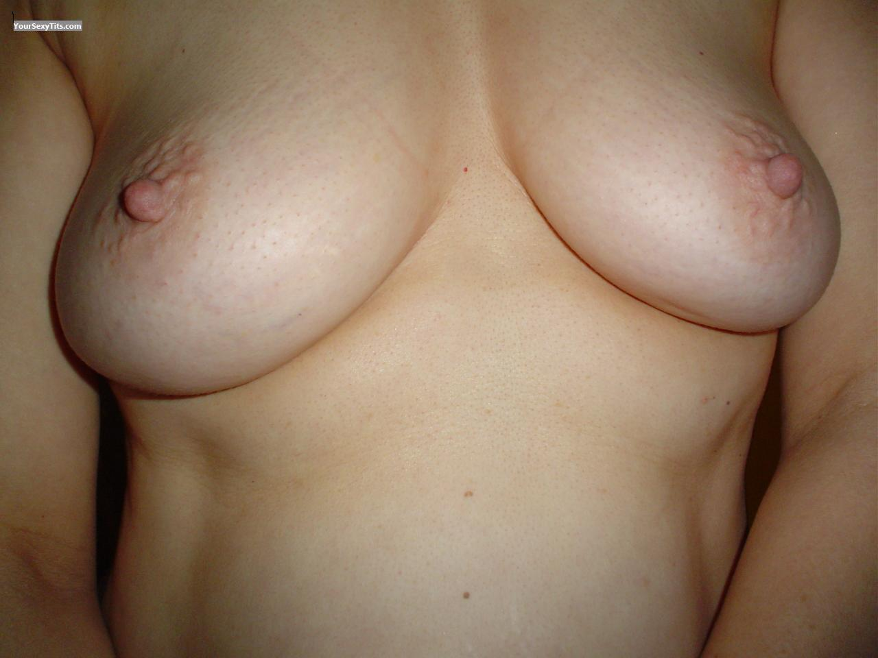 Tit Flash: Small Tits - Pam! from United States