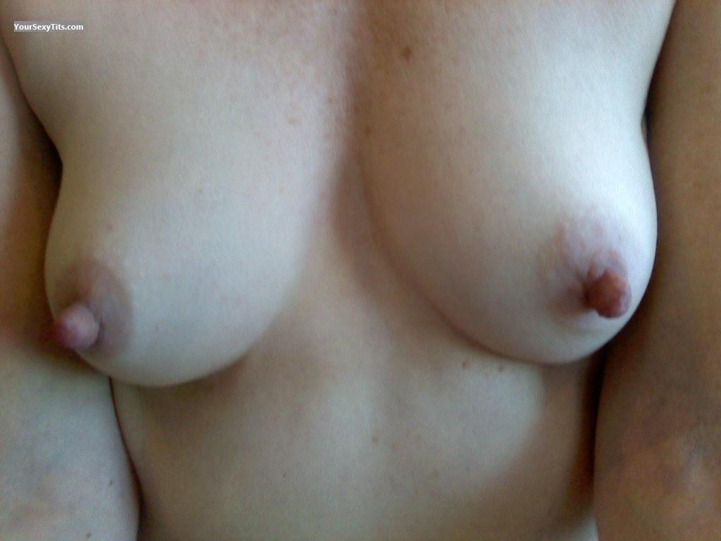 Tit Flash: Small Tits - Tinygirl from United States