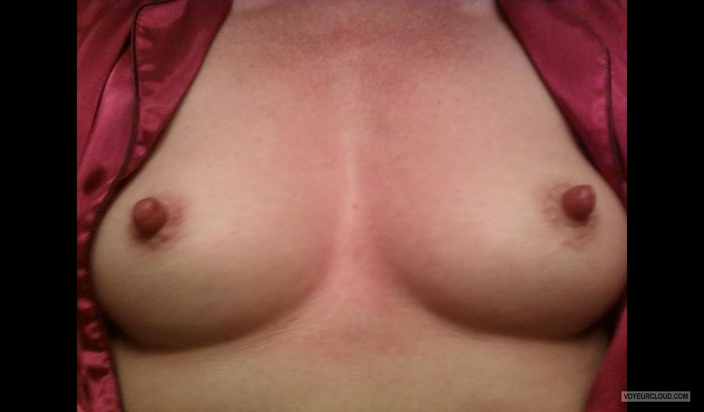 Small Tits Of My Wife Selfie by Lan