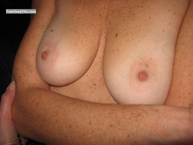 Tit Flash: Small Tits - Milf Jessie from Canada