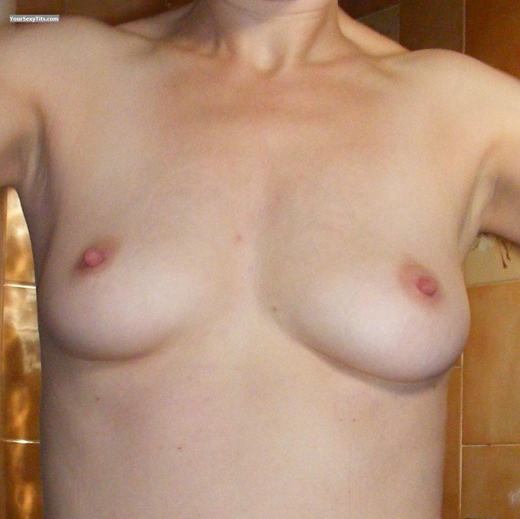 Tit Flash: Small Tits - Cox30 from United States