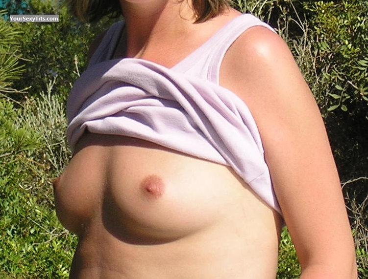 Tit Flash: Small Tits - Sunny from United States