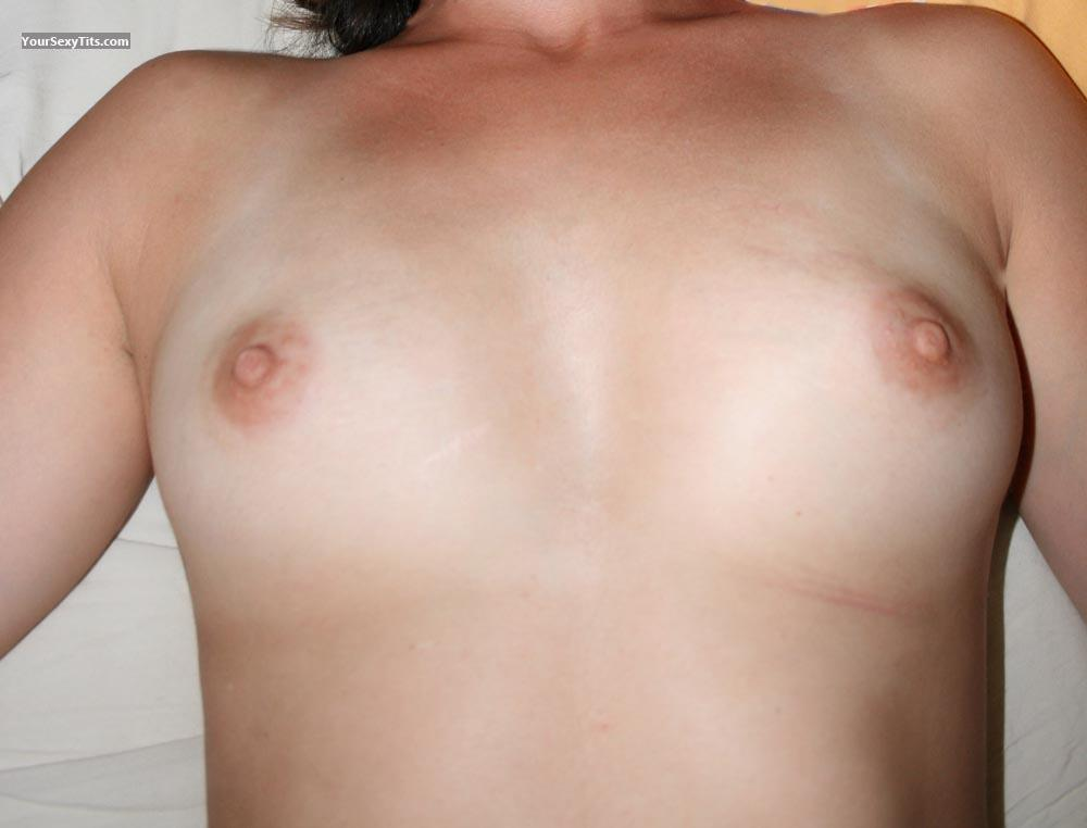Tit Flash: Small Tits - Miamh from France