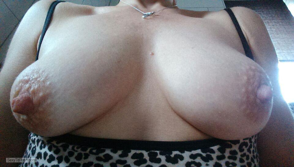 Small Tits Of A Friend A Wife